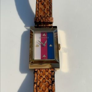 Gucci G-Frame 21MM Women's Brown Leather Watch